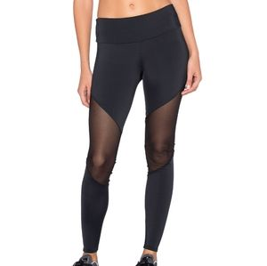 Track Leggings in black mesh onzie